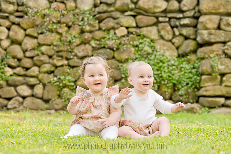 Here are a few more photographs from my waveny park photo shoot last week i had to share these to show off the amazing outfits that mom dressed the girls