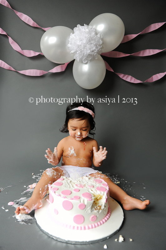 One Year New Jersey Cake Smash Photographer Cliffside