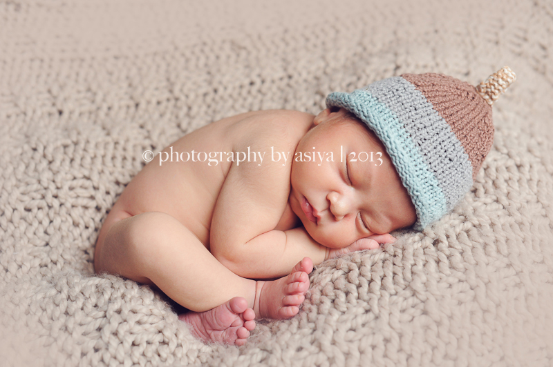 You might also like family uws newborn baby photographer